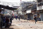 सीएए के समर्थन में जुलूस पर पथराव के बाद हिंसक झड़प, आगजनी के बीच शहर में कर्फ्यू :लोहरदगा